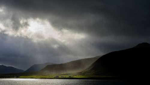 sun ray cloud mountains lake