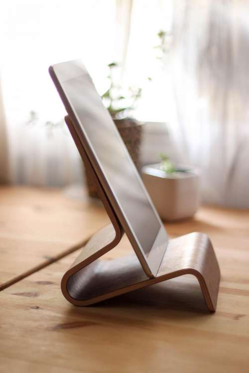 ipad tablet stand wood technology