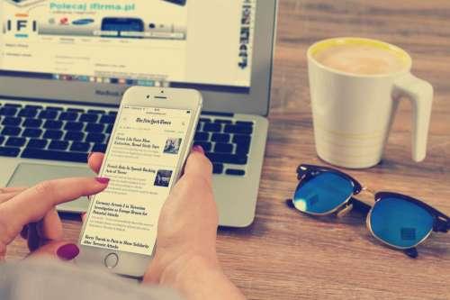 news newspaper iphone mobile smartphone