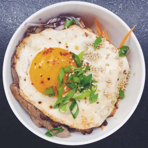 food asian cuisine donburi steak rice