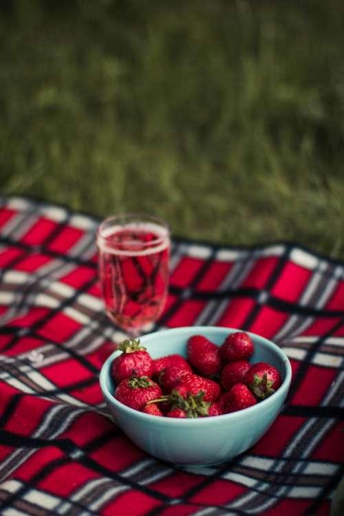 food fruits strawberries bowl glass