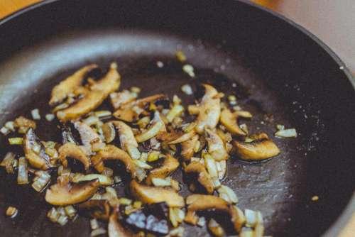 mushrooms skillet pan cooking kitchen