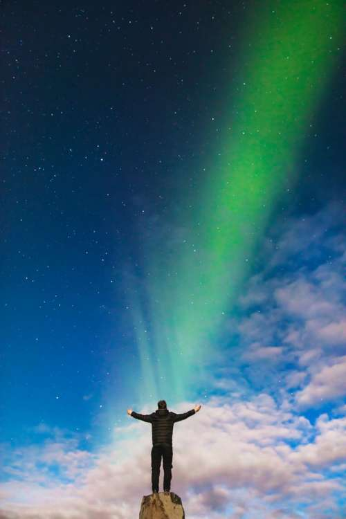 aurora green light atmosphere sky