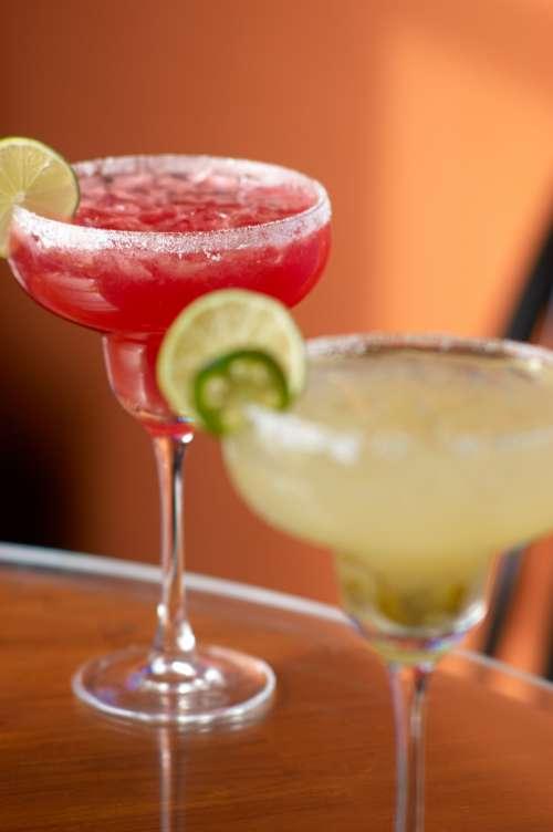alcohol drinks cocktail restaurant bar