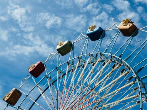 amusement park wheel ride adventure