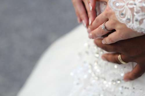 hand couple wedding ring marriage