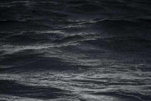 ocean sea water waves black and white