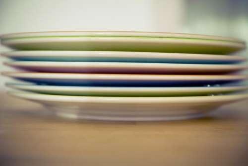 tellerstapel plate tableware kitchenware