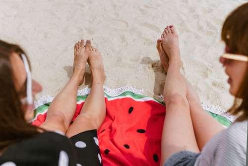 beach girls sand relaxing towel