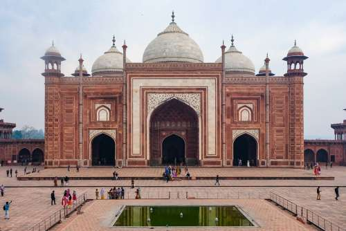 The Reflecting Pool and the Mosque Next to Taj Mahal