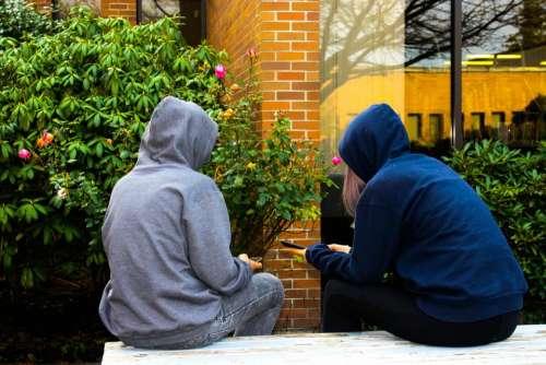 teens phones friends