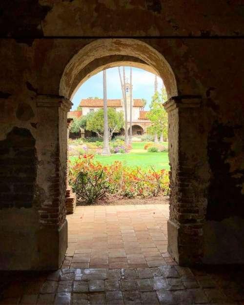 Arch mission historic San Juan Capistrano