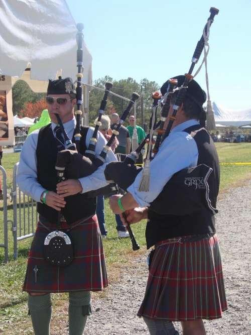 Highland Games Scottish Scotland kilt pipes