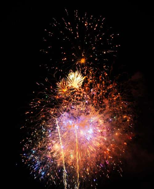 Fireworks Vertical Free Photo