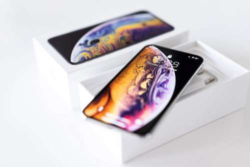 Unboxing iPhone XS Free Photo