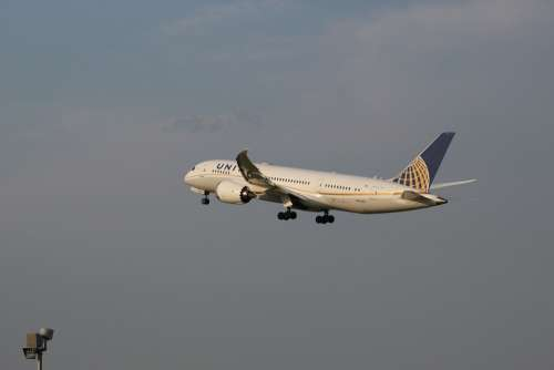 Airport 787 Boeing United Aviation Aeronautics