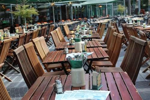 Berlin Summer Restaurant Tables Chairs