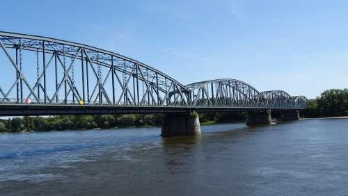 Bridge River Crossing The Design Of The