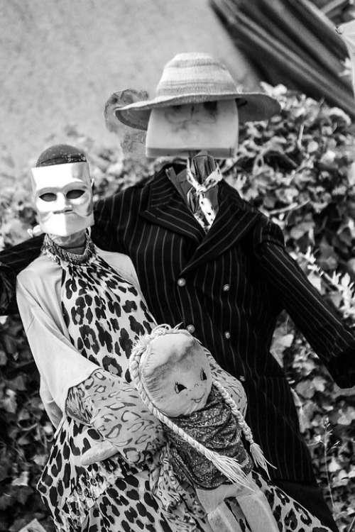 Carnival Scarecrow Mask Grey White Black Straw