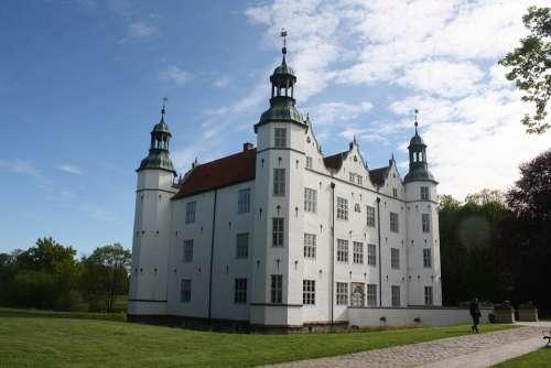 Castle Ahrensburg Castle Park Ahrensburg Stormarn