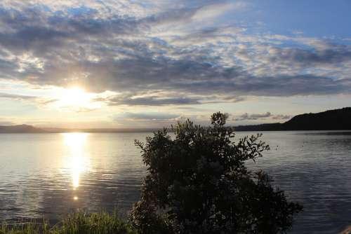 Dusk Lake Horizon Sunset Mood Sun Clouds Evening