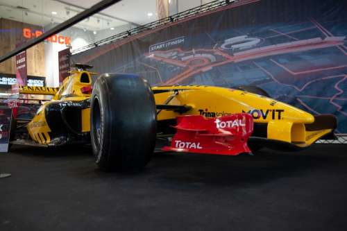 F1 Car Renault Racing Speed Fast Auto Race