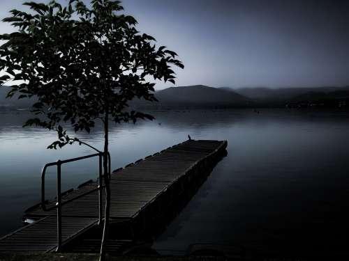 Ghostly Mist Dam Water Misty Landscape Nature