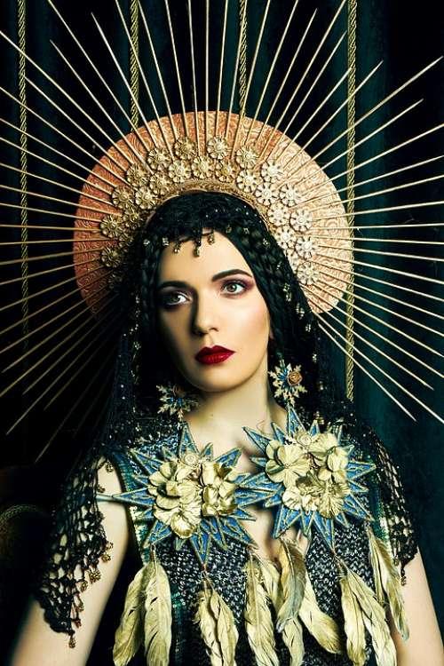 Icon Portrait Art Crown Revival Picture