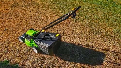 Lawn Mower Lawn Summer Grass Garden Cutting