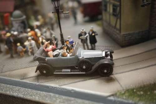 Miniature Auto Twenties Past Replica