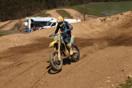 Motocross 125Ccm While Dirtbike Training Speed