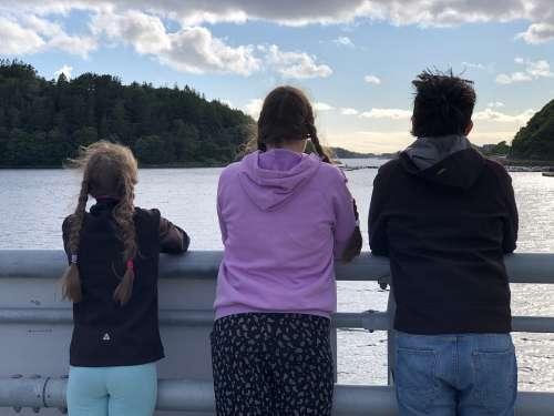Sea Sky Summer Views Bridge Children Three