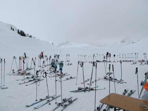 Ski Park Together Abandoned Snow Winter Sports