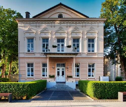 Villa Faensen Eschweiler House Town House Building