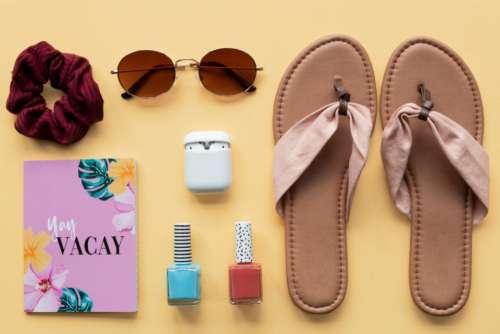 travel kit vacation sunglasses sandals