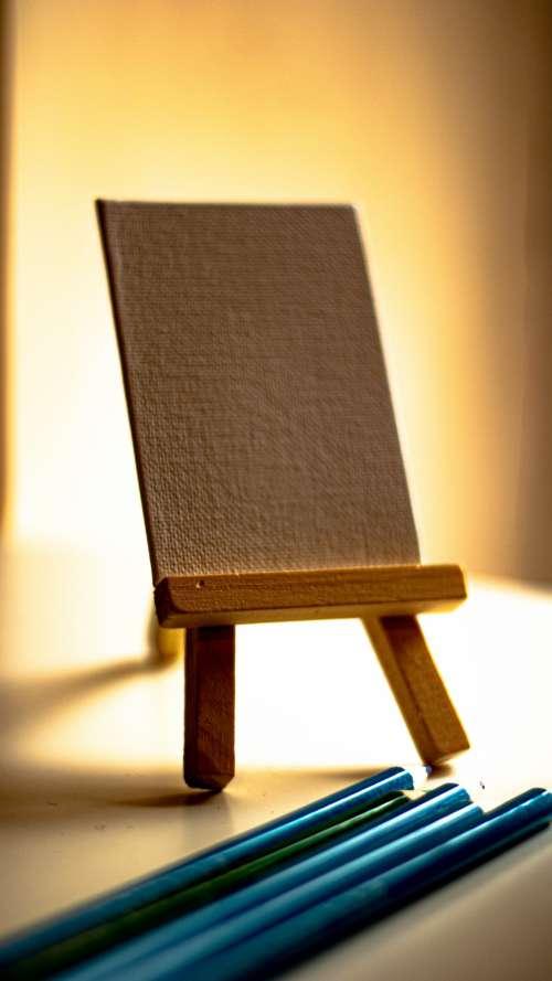 Miniature Artists Easel Photo