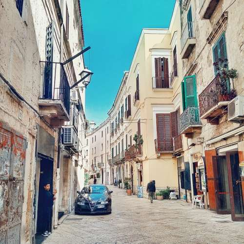 Bari Italy Street Life Architecture Old Houses