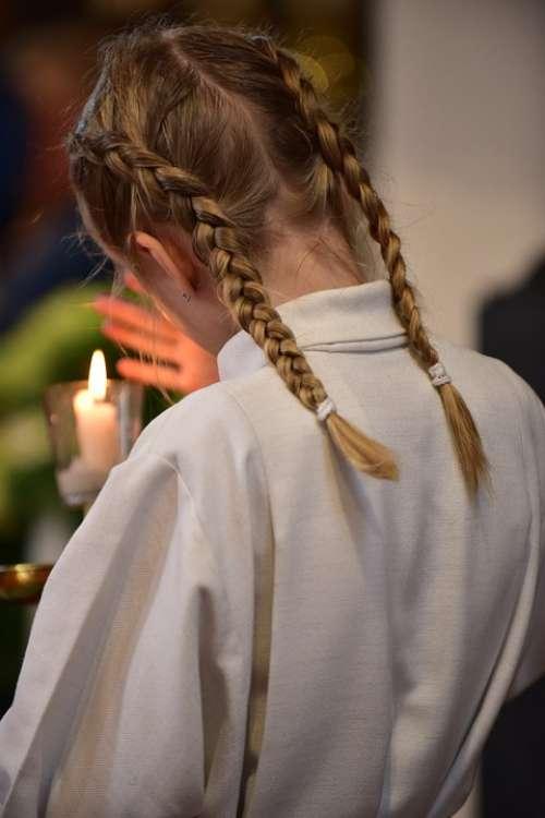 Corpus Christi Ministrantin Candle Fair