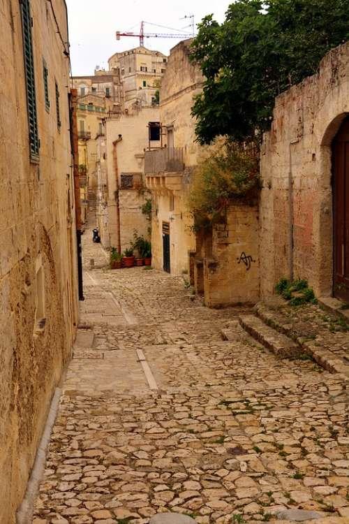 Descent Ancient Matera History Sassi Stone Italy