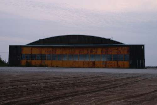 Hangar Airport Urbex Aviation Track Canada