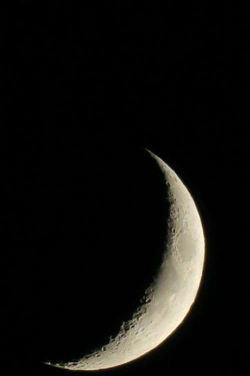 Moon Luna Crescent Increasingly
