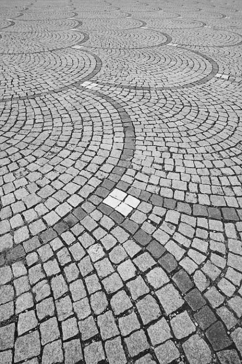 Paving Stone Away Paving Stones Patch Cobblestones