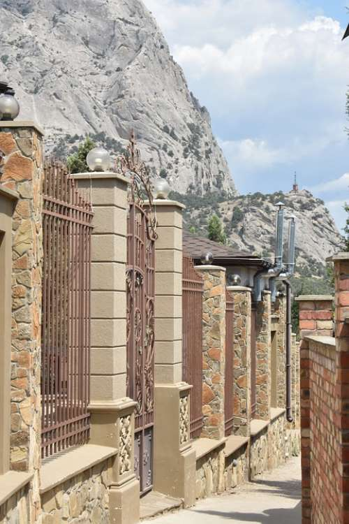 Street Fence City Mountains Beautiful Narrow
