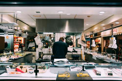 Open-kitchen Restaurant Photo