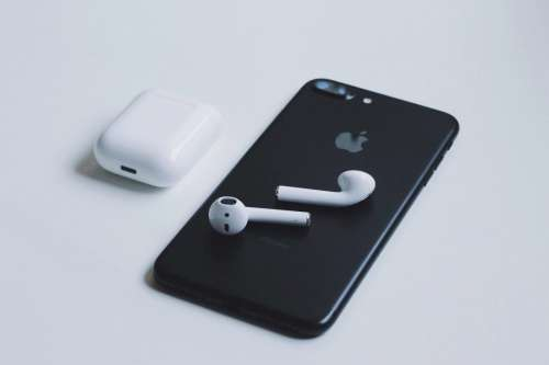 iPhone & AirPods