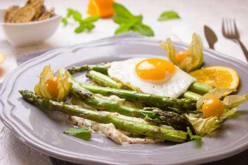 Asparagus and Fried Eggs
