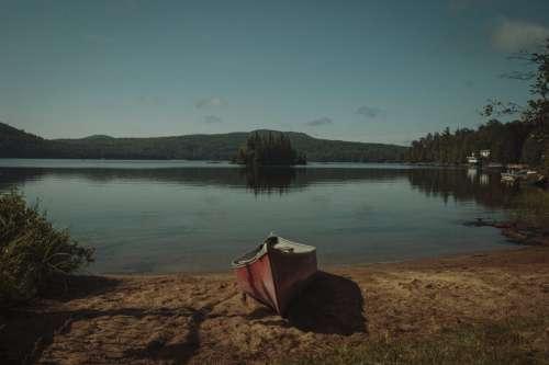 Lakeside Canoe