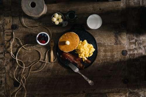 Bacon & Scrambled Egg Breakfast