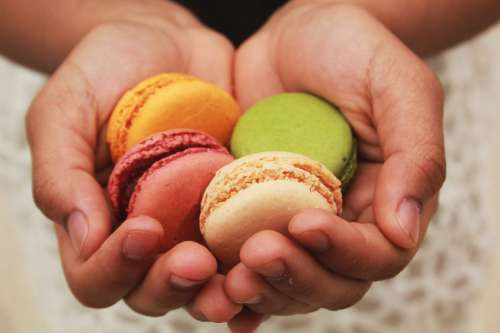 H&s Holding Macarons