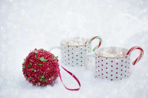Christmas Hot Chocolate in Snow